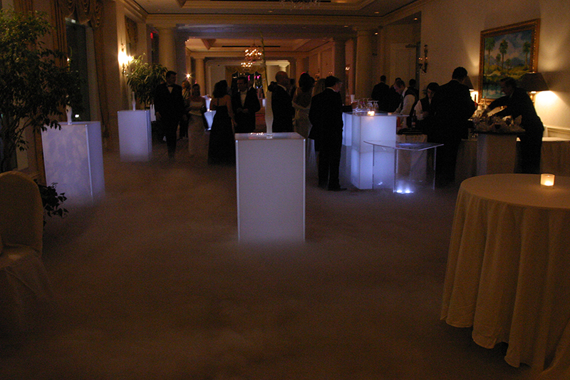 WCI_Awards_Tampa_Low_Smoke_Lightup_Tables_Bar