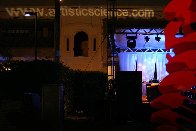 Rene_Art_Basel_2008_Stage_website