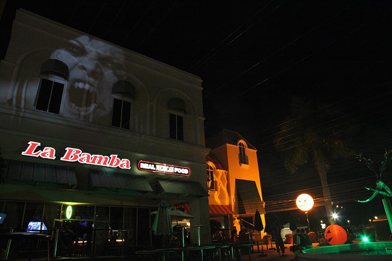 LaBambaWeen_LaBamba_Miromar_Halloween_Party_B&W_ProjectionMapping_Estero_Naples_FtMyers_EventLighting_