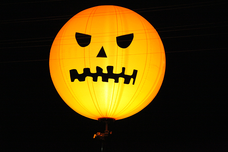 LaBambaWeen_LaBamba_Miromar_Halloween_Party_Jack-O-Lantern_LightingBalloon_Orange_estero_FGCU